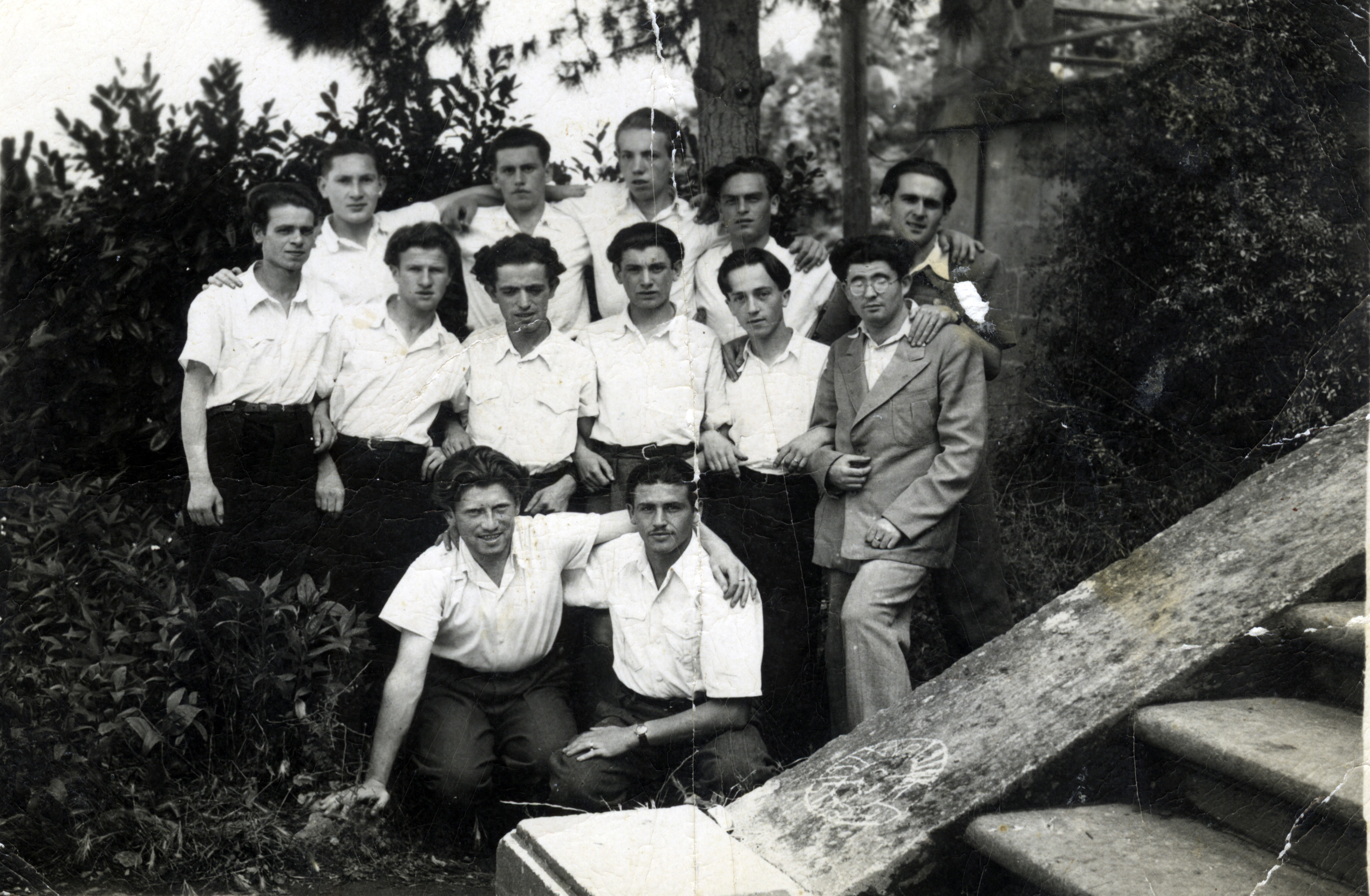 Group photograph of young people at Villa Panti in Soriano Nel Cimino, Italy.   Among those pictured is Joseph Fruchter (second row, third from right).
