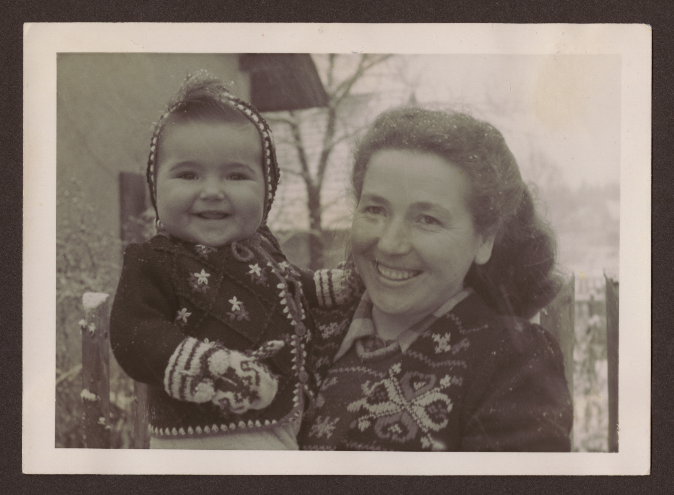 Close-up portrait of Miriam Glasrot and her daughter Nechama.  Manya and her husband Josef survived in hiding with the partisans.  After the war they came to Kazakstan to find Manya.