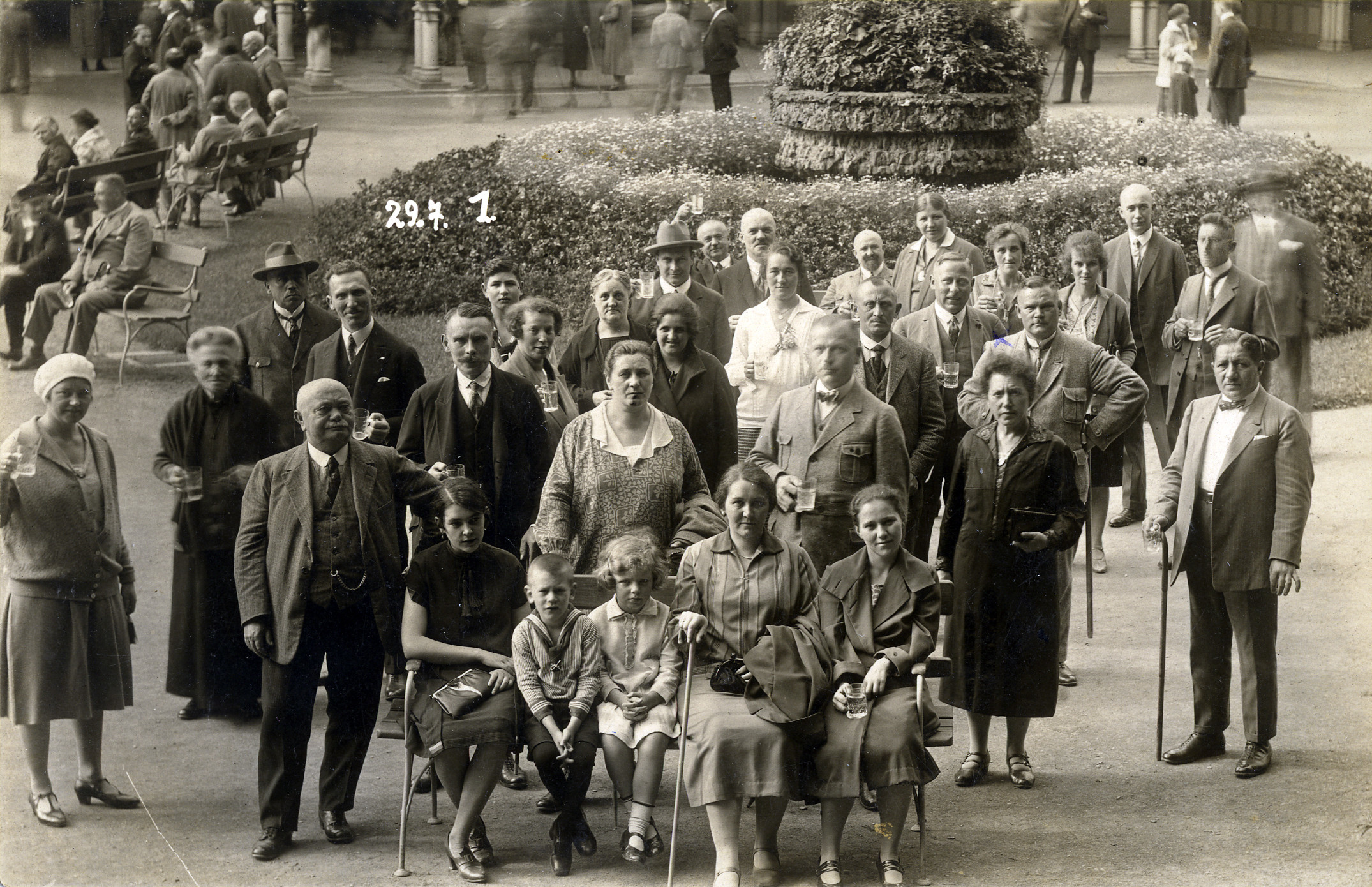 Group portrait of attendees at the the Congress Hazioni.  Among those pictured is Gustava Solnik (wearing dark dress, on the right), who taught for forty years in the Jewish elementary school in Kalisz.