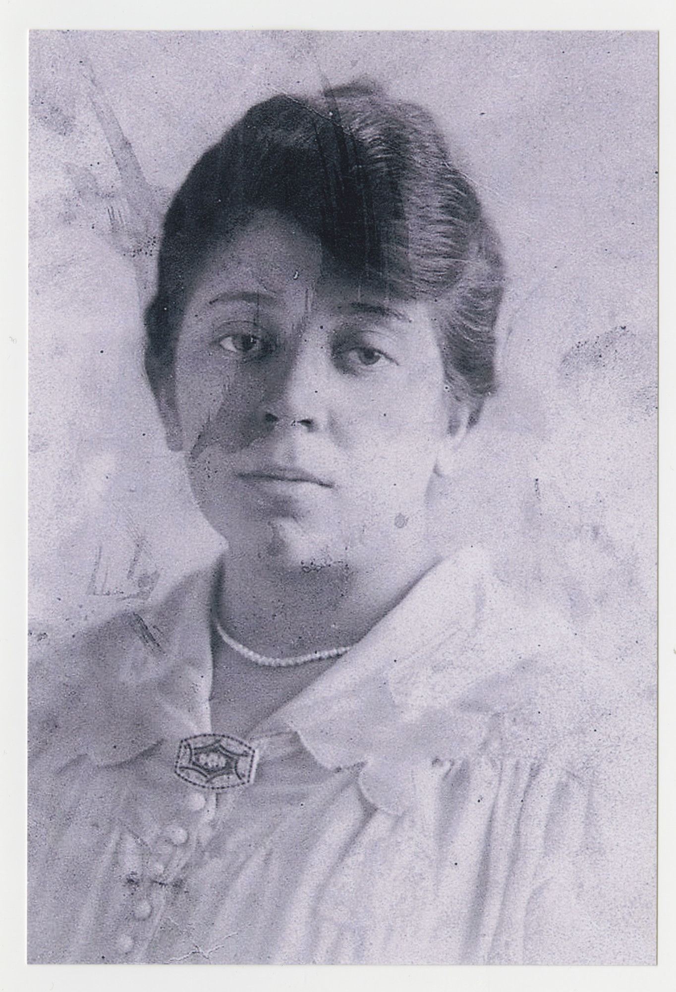 Portrait of Frida (nee Neufeld) Szemere.