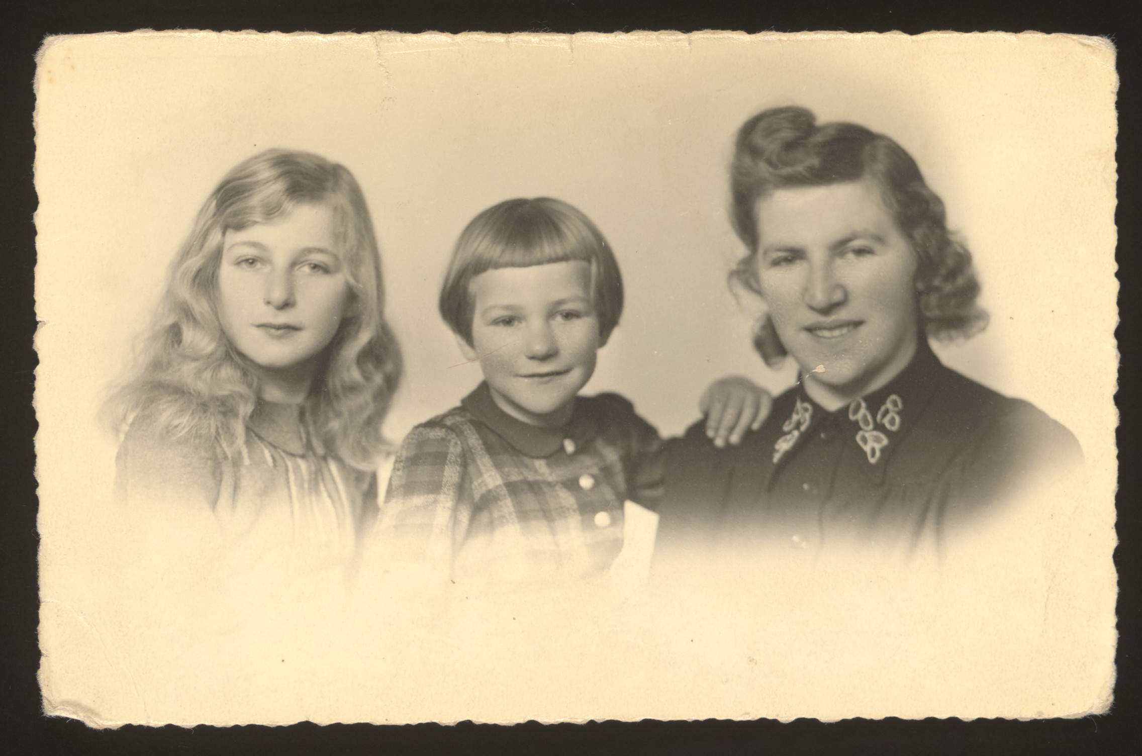 """Studio portrait of Judith van Leeuwen Degroot with her two daughters Elly and Rachel and sent to he husband.  The inscription on the back reads: """"This photo was made for my father when he was in the concentration camp"""""""