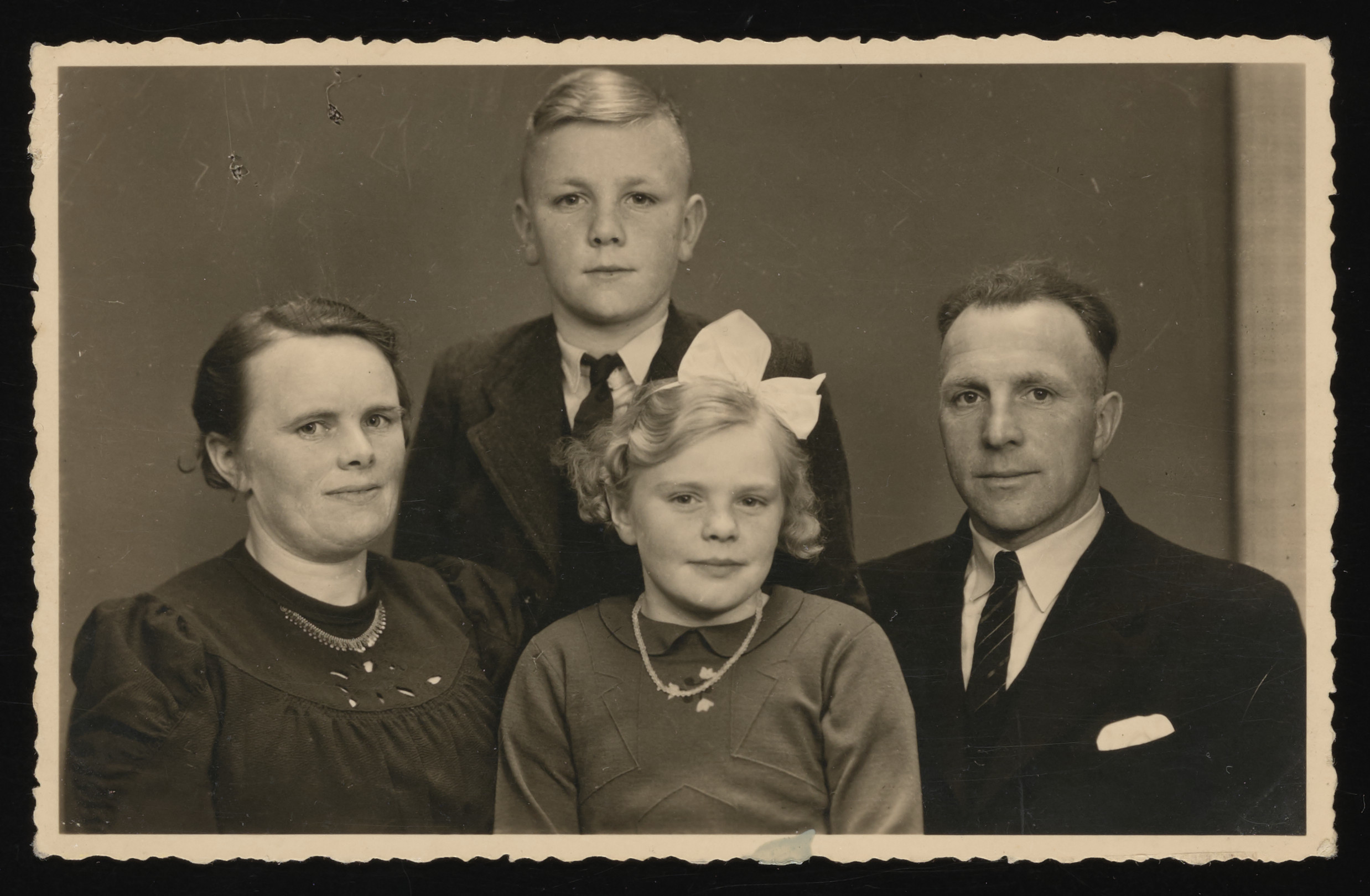 Portrait of a family of Dutch rescuers.  Pictured are Geertje and Folkert Kuperus and their children Jan and Ytje.  Leo Serphos later hid with them.