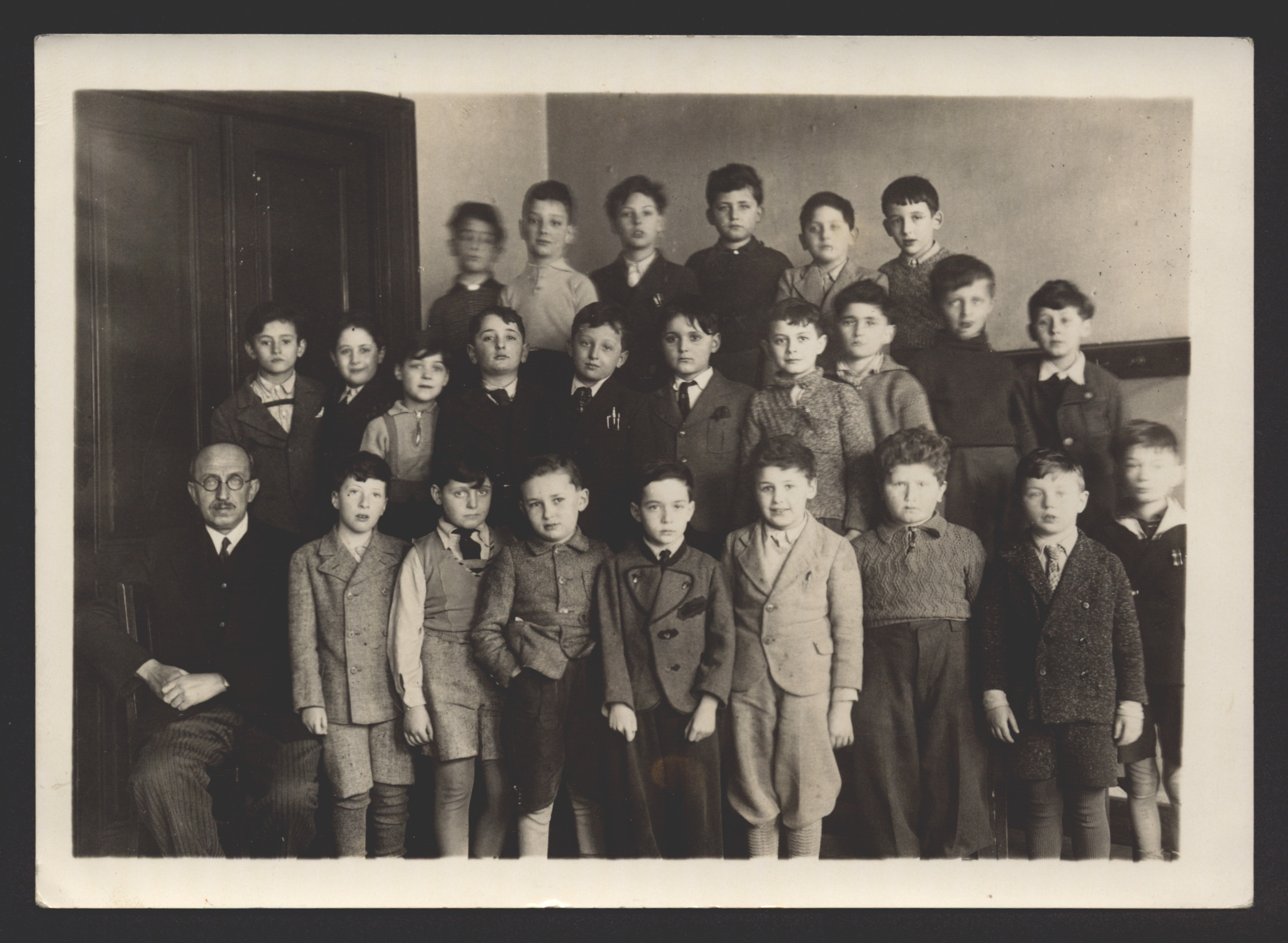 Second grade class in a Jewish school in Vienna.  Among those pictured is Erwin Tepper (front row, third from right).