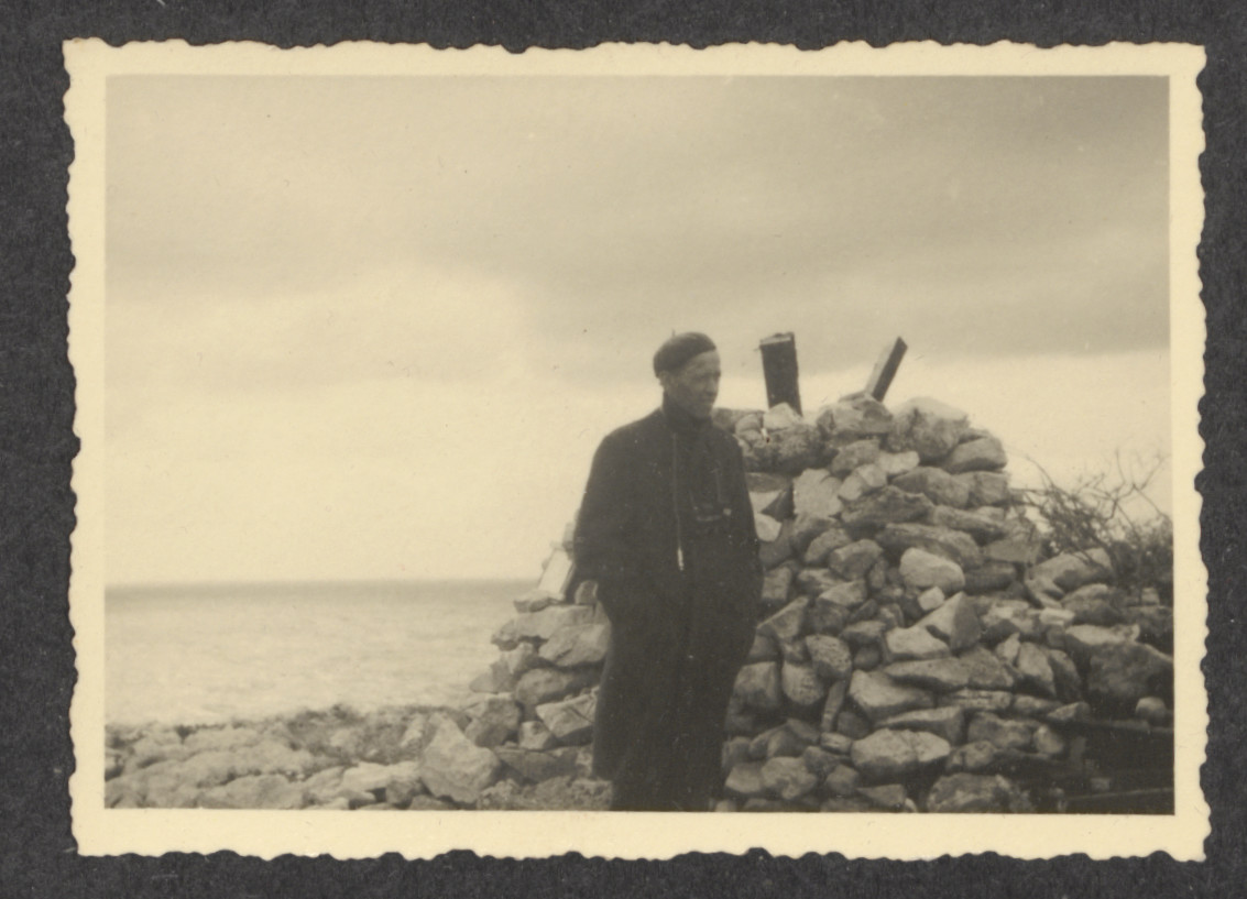 A Jewish refugee from the shipwrecked Pentcho,  on the island of Kamilonissi.