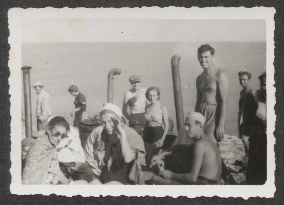 Jewish refugees from the shipwrecked Pentcho,  on the island of Kamilonissi.  Pictured on the left, wearing sunglasses, is Elsa Freiwirth.  Next to her, wearing a white hat, is Stefanie (Sohr) Fellner.