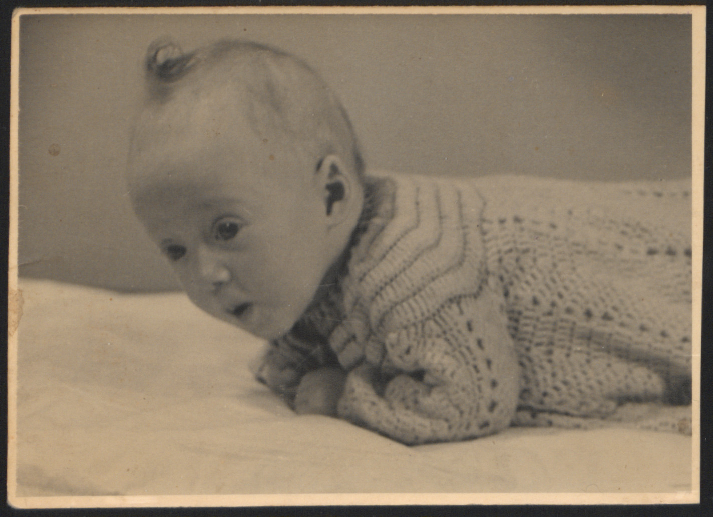Portrait of Marie Majerowicz, a Jewish infant born in Westerbork who later died in Auschwitz.