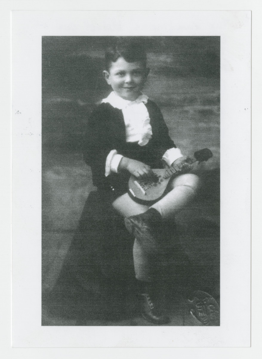 Portrait of a young boy from Utena, Lithuania who perished during the Holocaust.