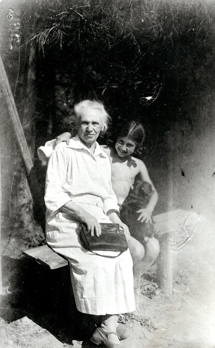 Tamara Magid visits her grandmother Chana Tzivia at her summer home.
