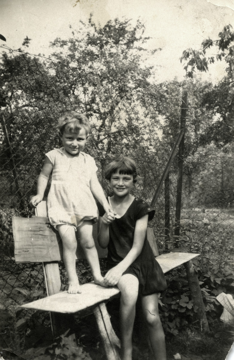Gus and Erika Meyer pose on a park bench in prewar Germany.