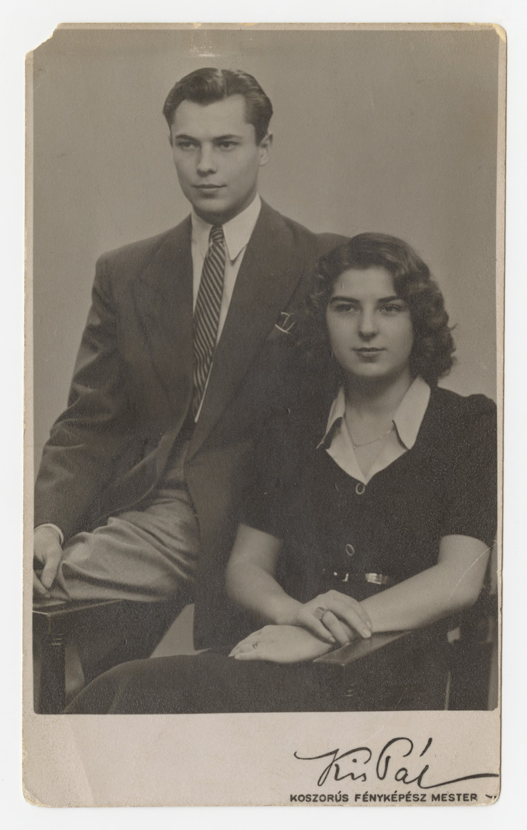 Studio portrait of Marta and Erwin Koranyi.