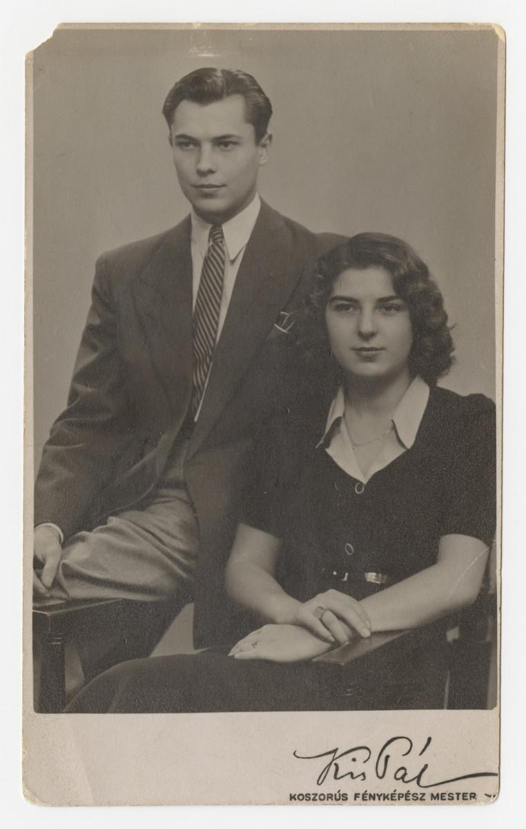 Studio portrait of Marta and Erwin Koranyi.