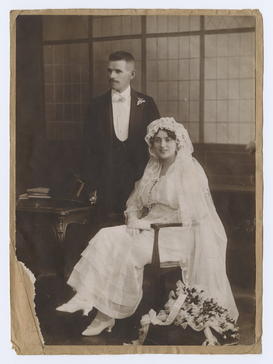Wedding portrait of Sigmund and Sara Koranyi.