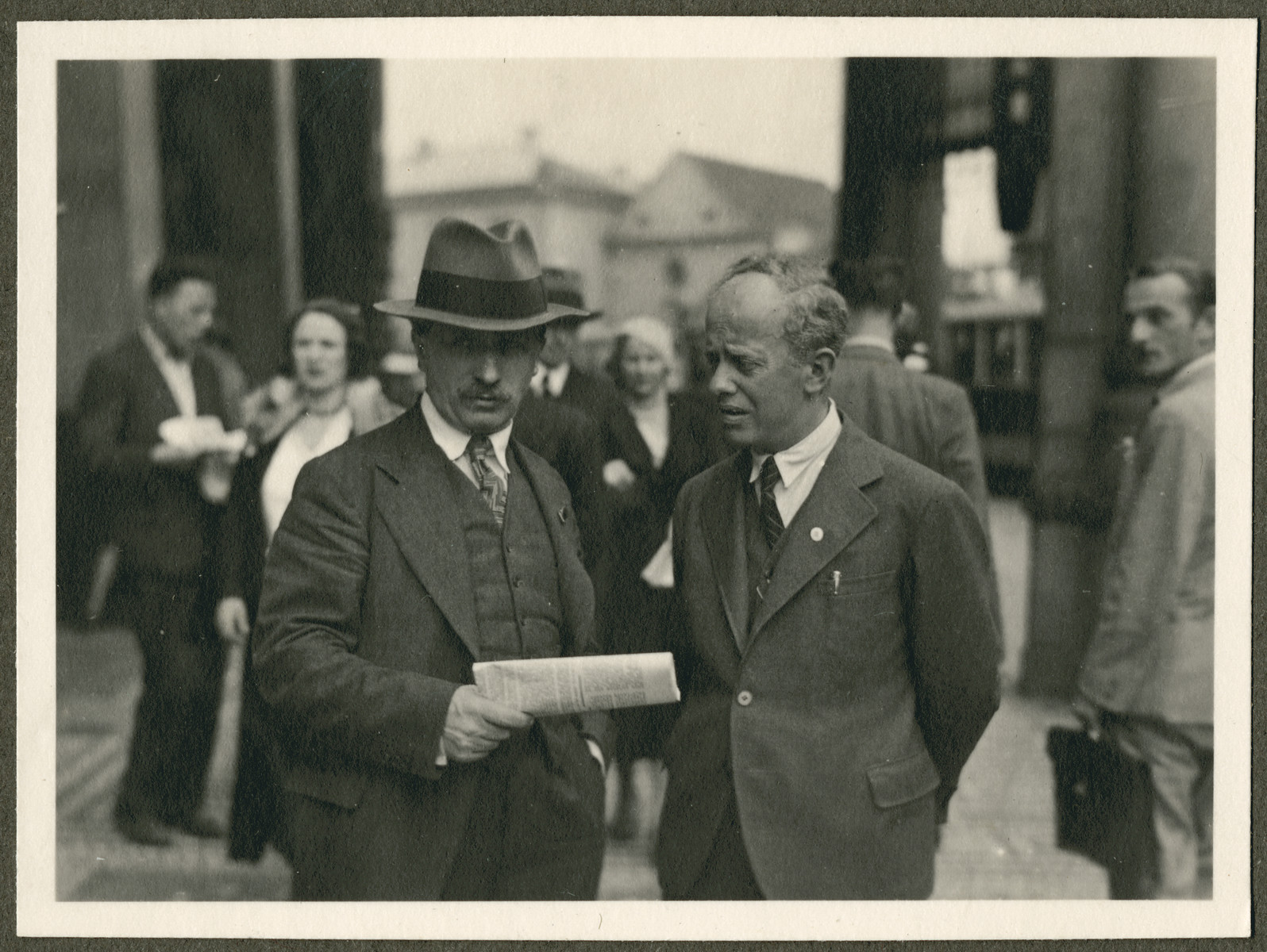 Two men confer probably during the 18th Zionist Congress.