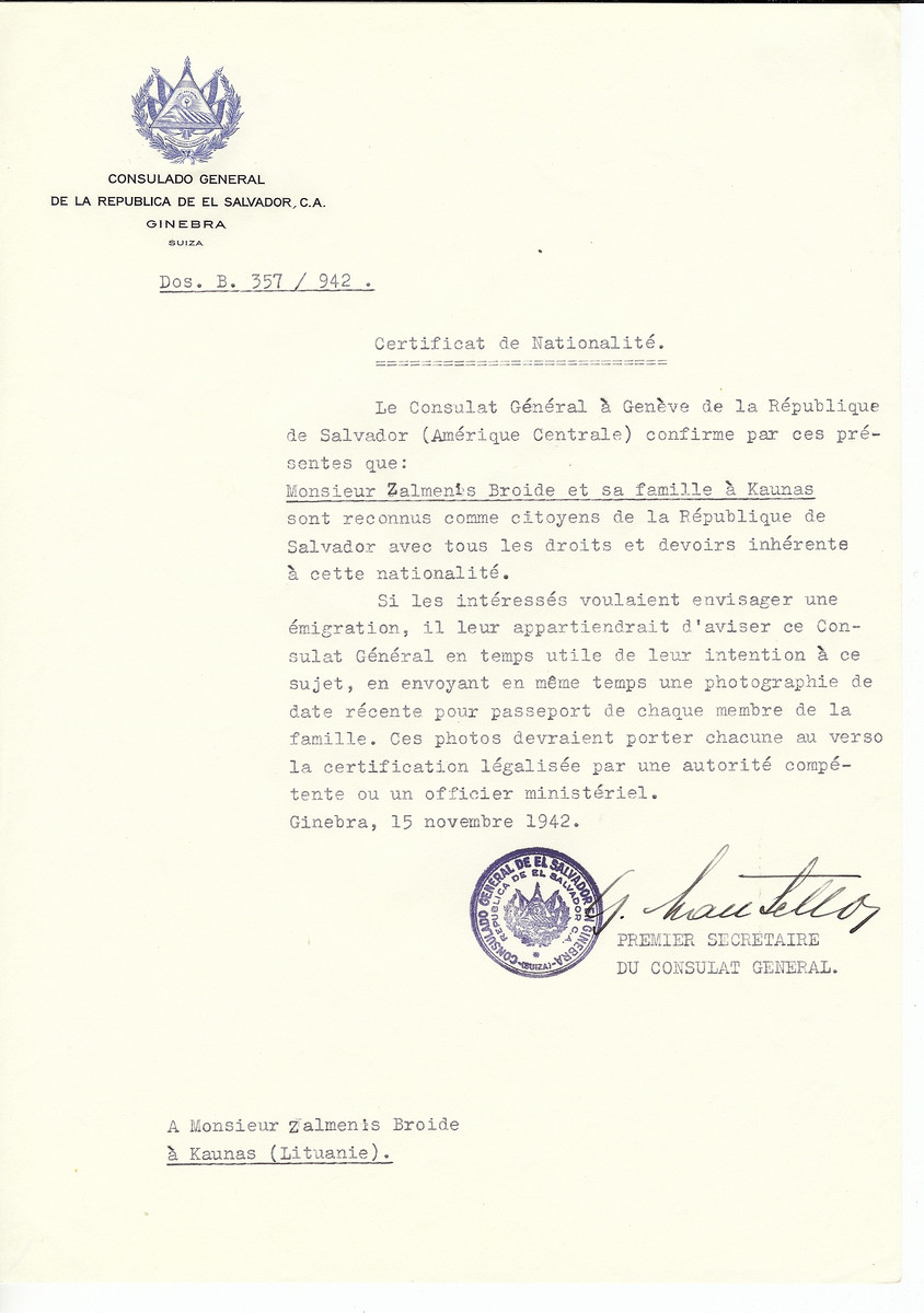Unauthorized Salvadoran citizenship certificate made out to Zalmenis Broide and his family by George Mandel-Mantello, First Secretary of the Salvadoran Consulate in Geneva and sent to them in Kaunas.