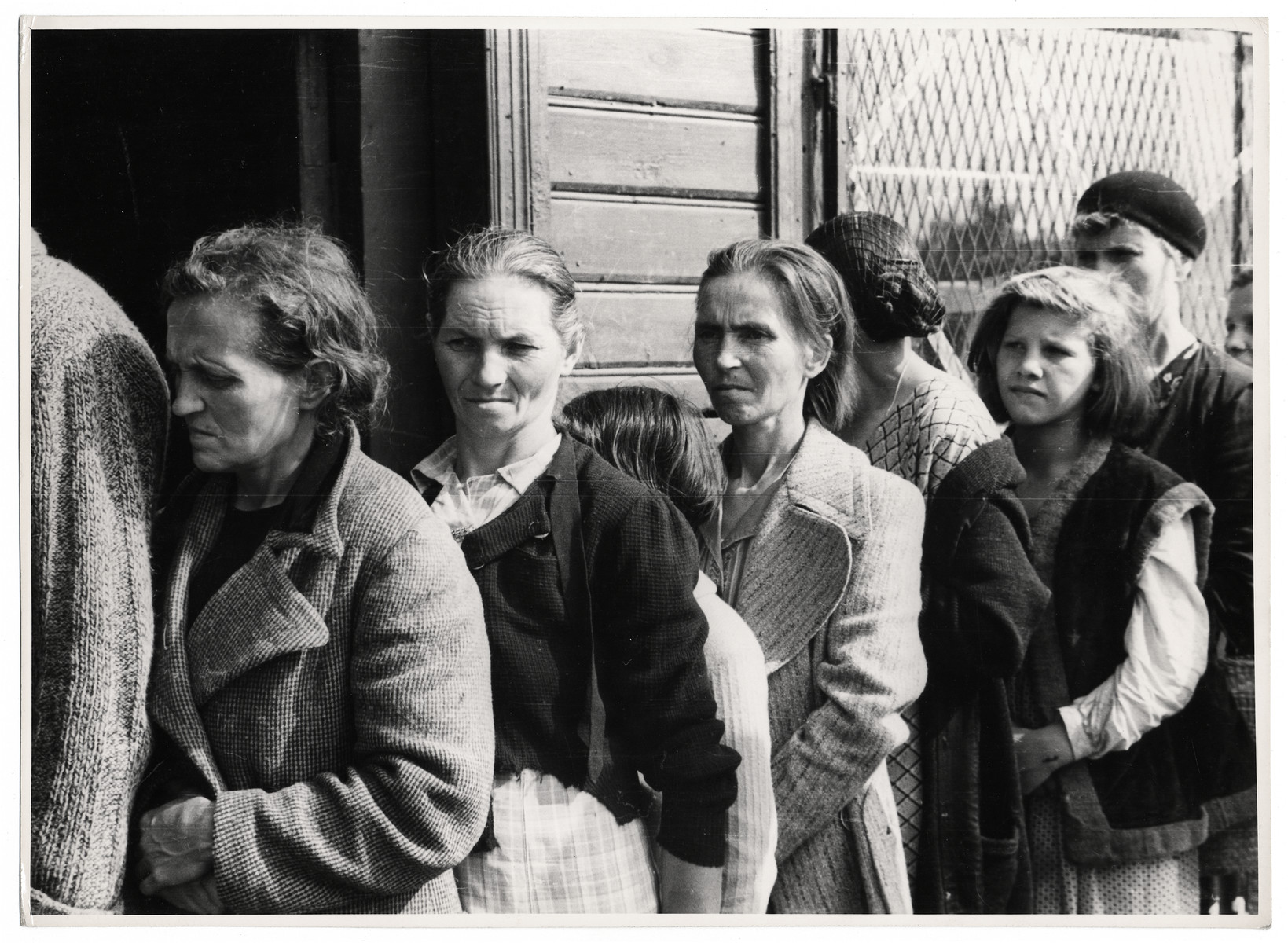 Polish women line up for bread distribution in besieged Warsaw.