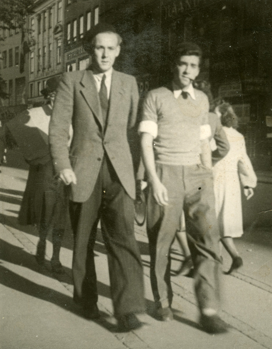 Richard Oestermann (right) walks down a street in Copenhagen with his friend, Niels Ebbe Bindsley, shortly before his escape to Sweden.