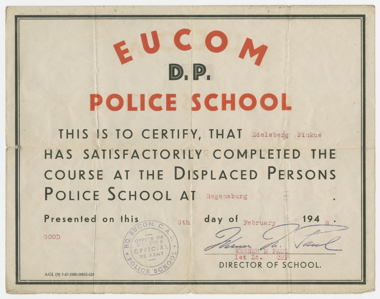 Certificate attesting that Pinkus Edelsberg completed the displaced persons police school.
