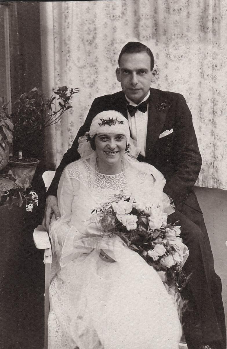 Wedding portrait of Kurt Weinlaub and Lily Rehfisch.