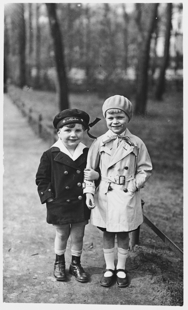 A young Jewish boy and his friend visit the Tiergarten in Berlin.    Pictured on the left is Fritz Gluckstein.  On the right is his friend, Rolf Schmidt-Gentner.