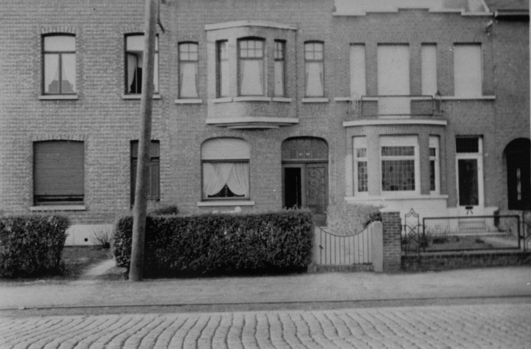 View of the van Buggenhout family home located at Mechelseoteenweg 82 in Rumst, where Margo and Annette Lederman lived in hiding during the war.