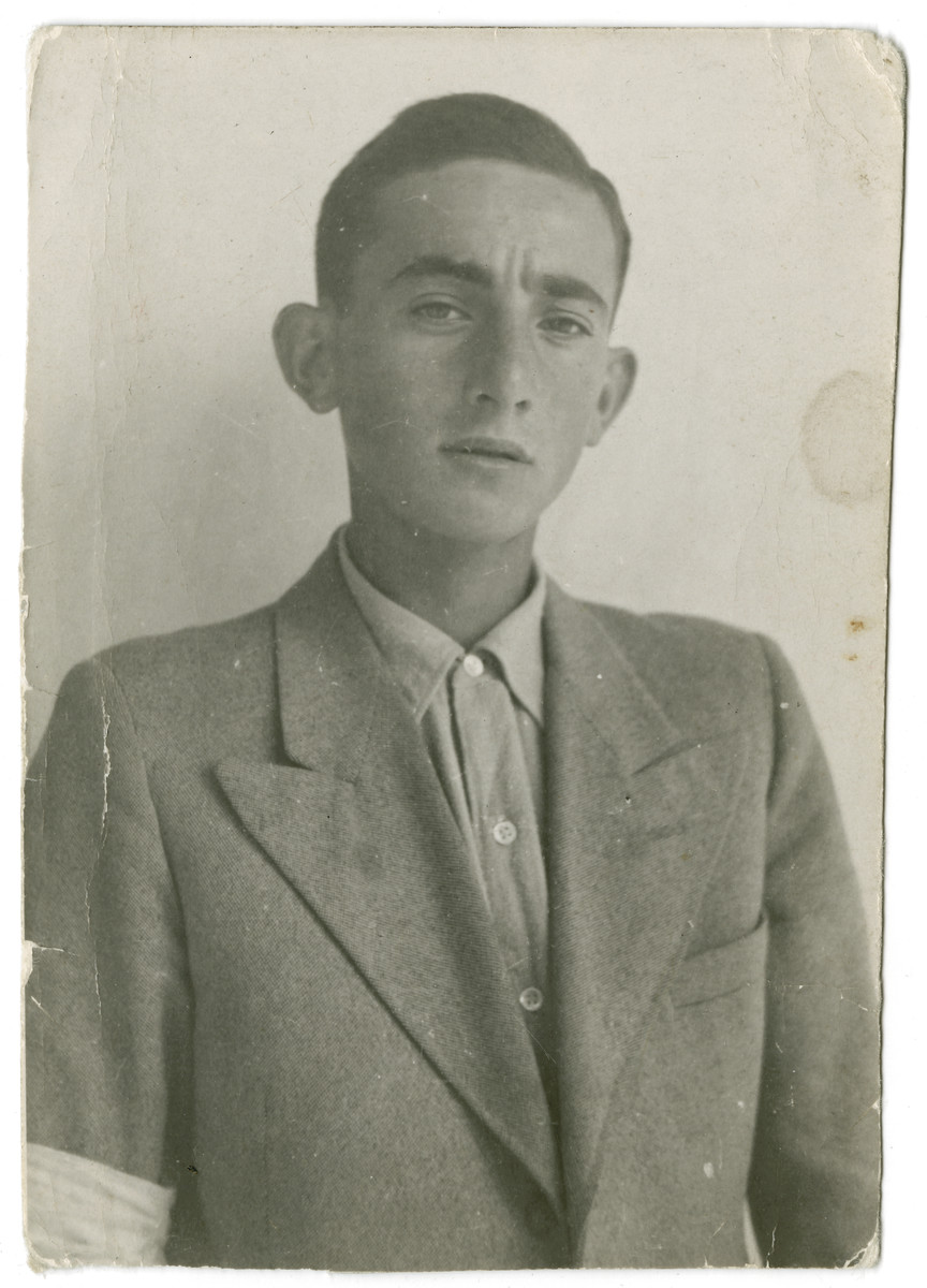Portrait of Zelig Appel in the Stary Sacz ghetto.