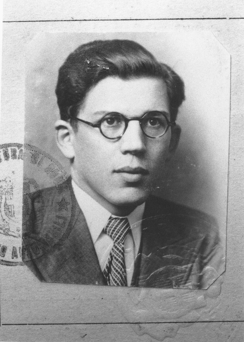 Identification card portrait of Daniel Trocmé.