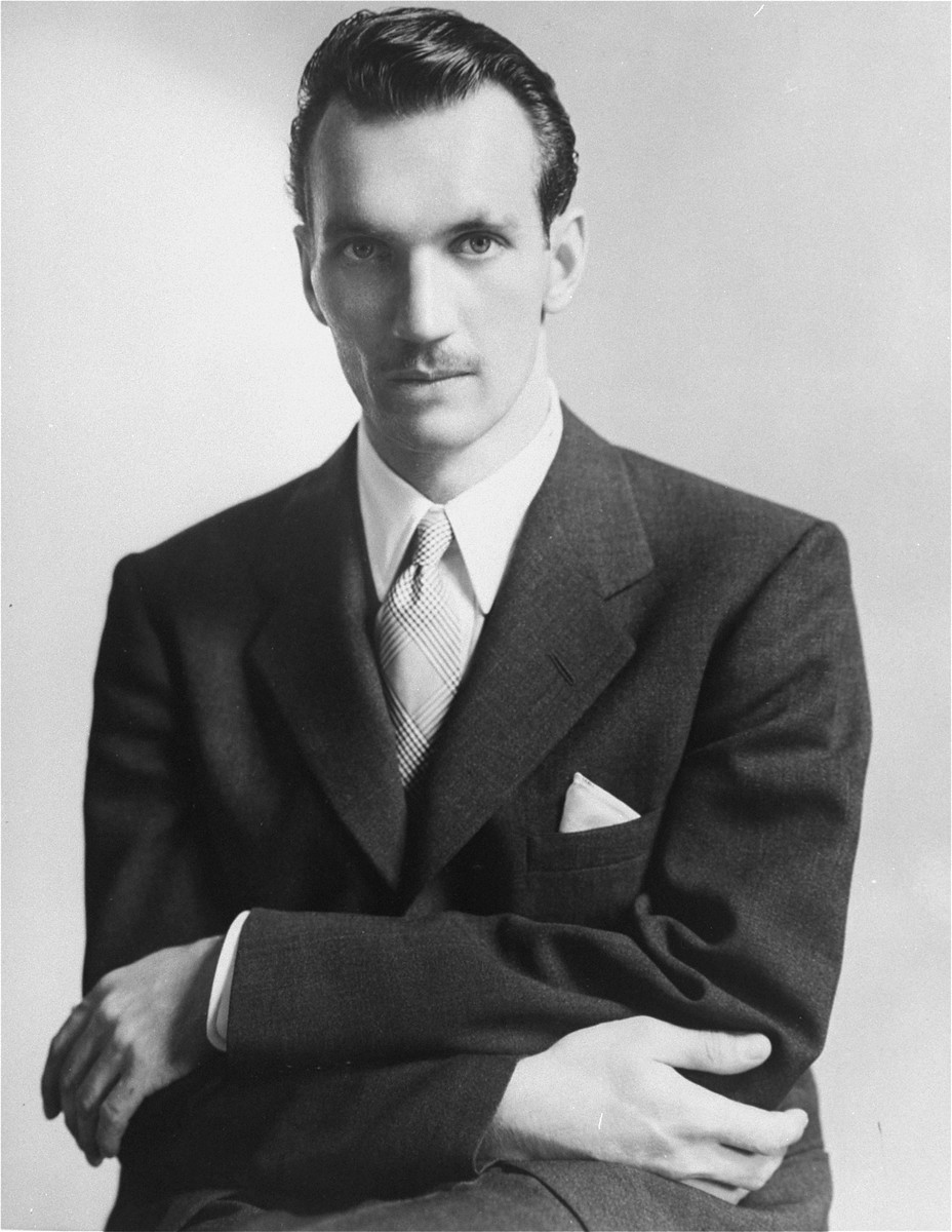 Portrait of Jan Karski during his mission to the United States to inform government leaders about Nazi policy in Poland.