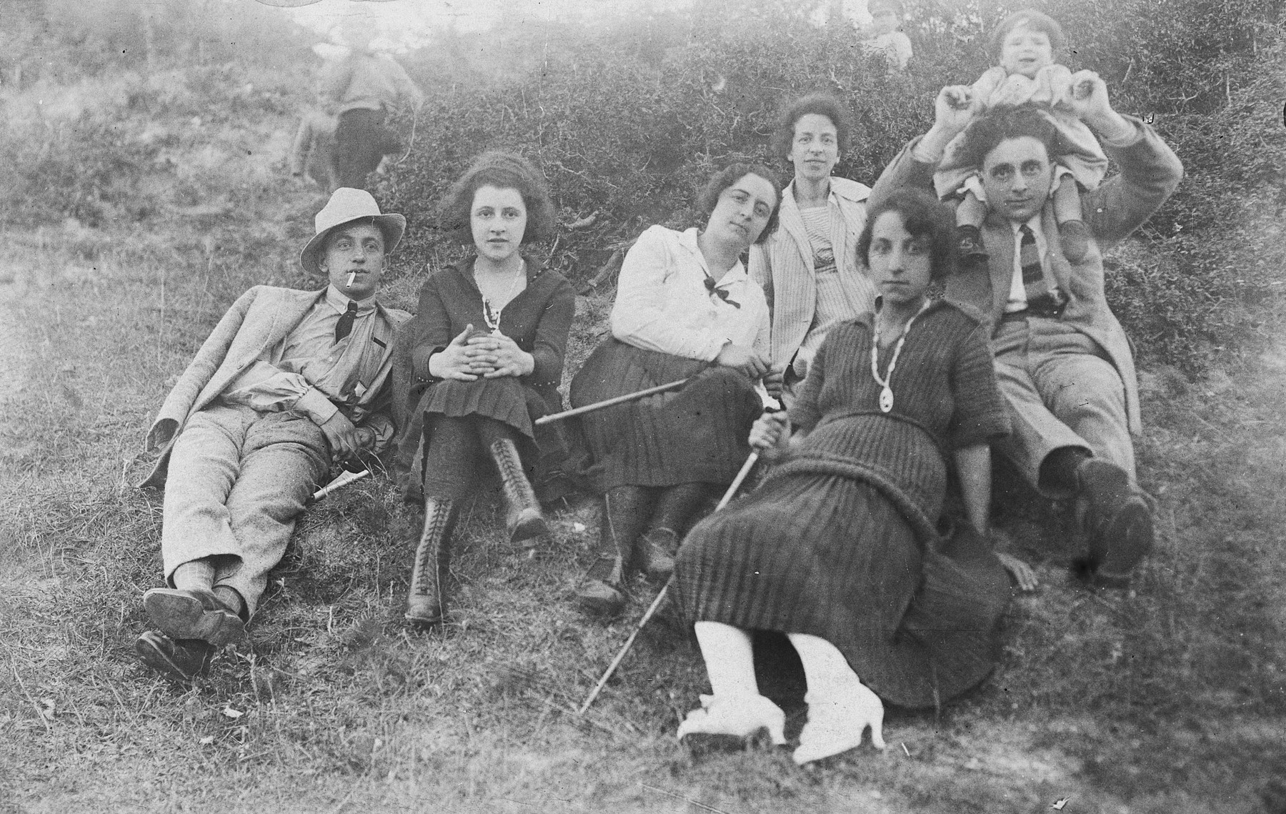 Young Jewish-Bulgarian couples enjoy an excursion to the countryside.  Pictured are Gisela and David Tchitchekik with their extended family.