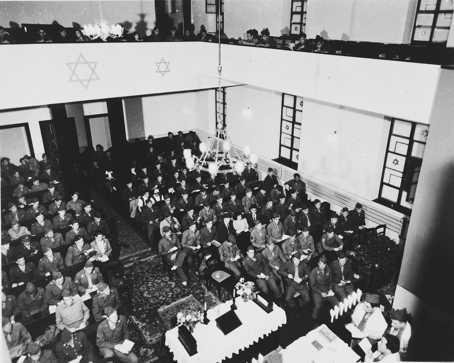 Jewish servicemen attend a religious service in the synagogue in Bad Nauheim, Germany.  Gisela Eckstein was among the survivors in attendance.