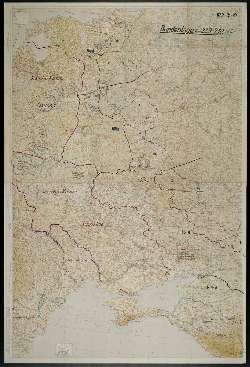 """Bandenlage.  Contains reference to the Reichskommissariat Ostland to """"Unternehmen des HSSPF, 1,357 Tote"""" south of Slonim, 1942 Sept. 23-1942 Oct. 2."""
