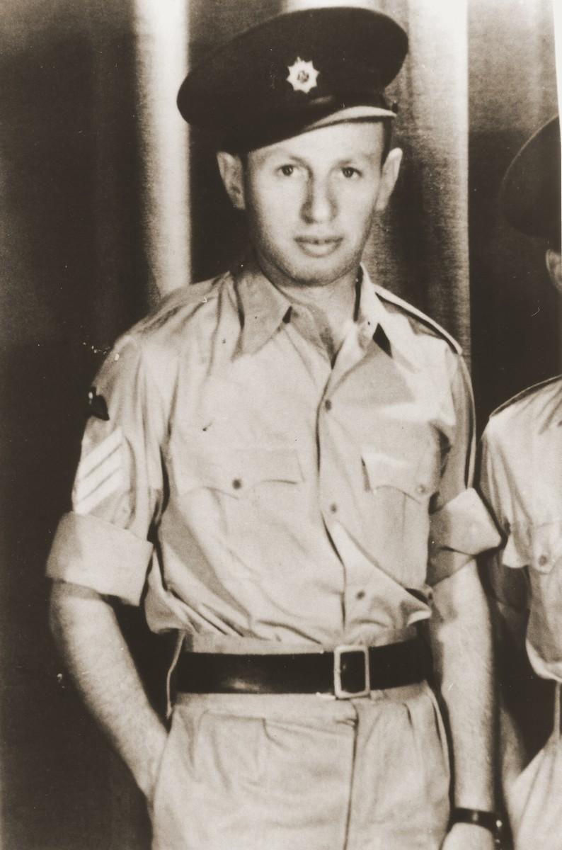 Portrait of Yaakov Shapira in his British uniform.  Shapira helped train the Palestinian Jewish parachutists in Egypt.