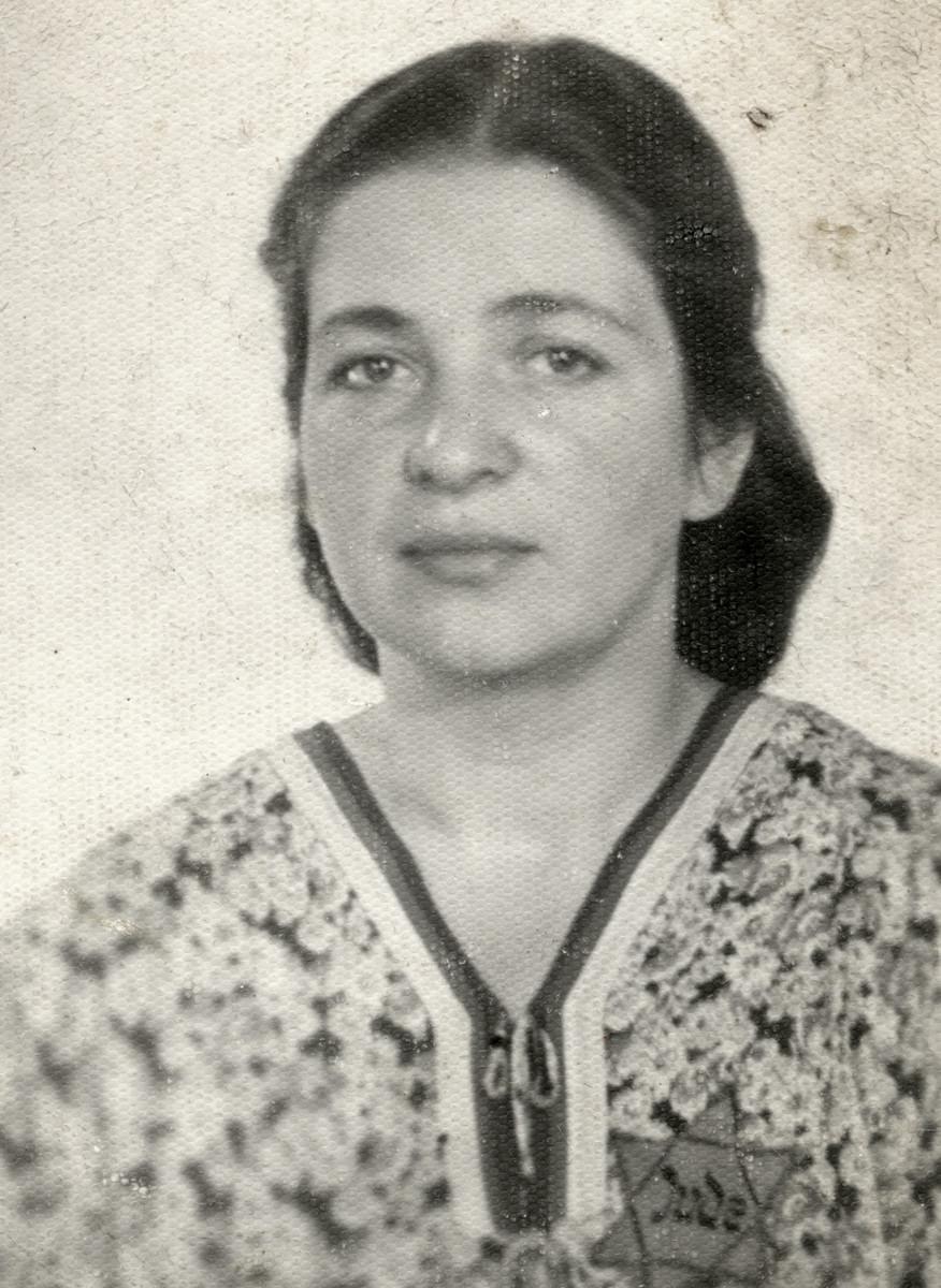 Portrait of Raissa (Rushka) Lamm wearing a Star of David one year before she perished.
