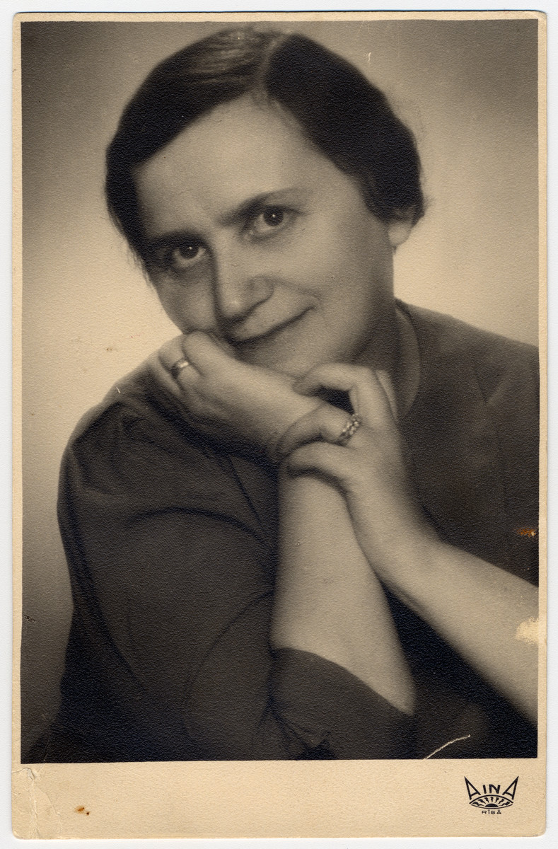 Studio portrait of Lubova Javorkovsky, grandmother of the donor.  She was killed by the Einsatzgruppen in the forests outside Riga in November 1941.
