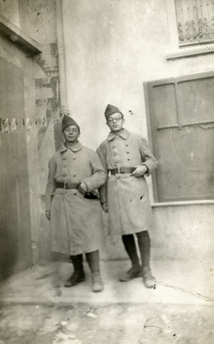 Close-up portrait of two members of the Engage Volontaires, foreign-born Jews in a French paramilitary unit.  Mendel Max Rosensweig is pictured on the left.