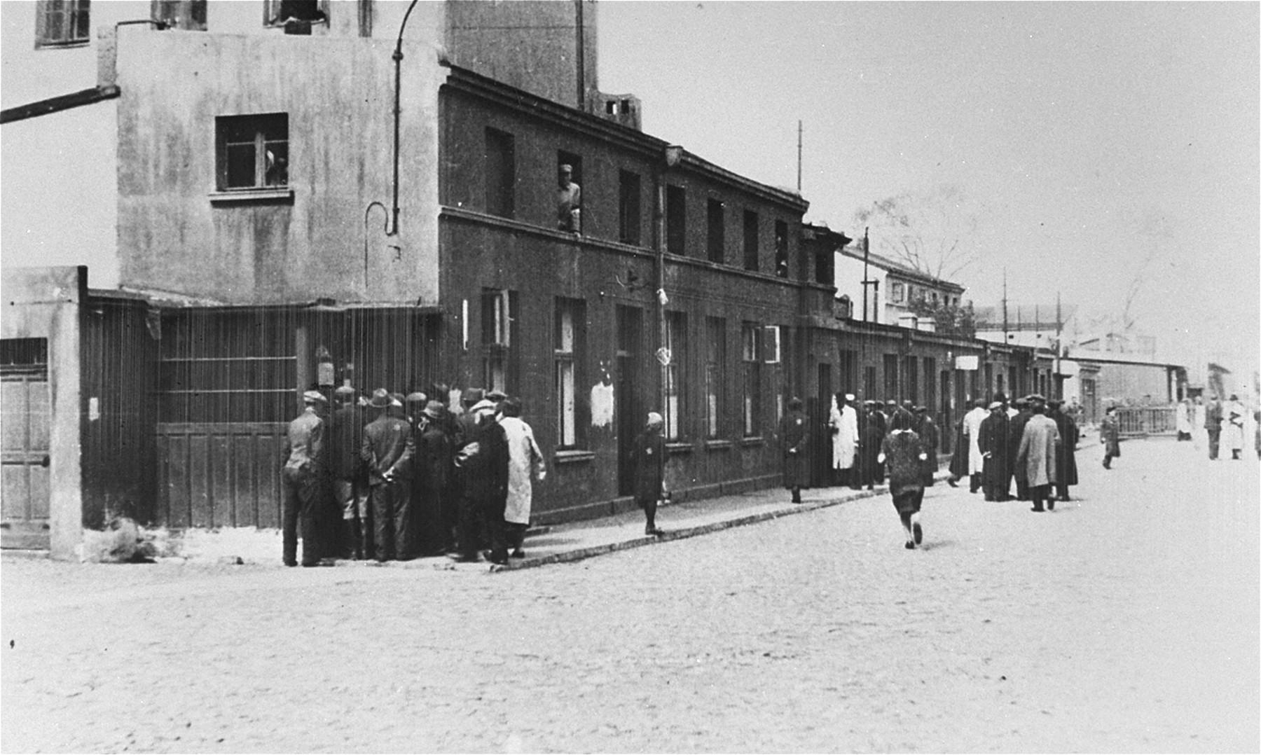 Street scene in the Lodz ghetto.