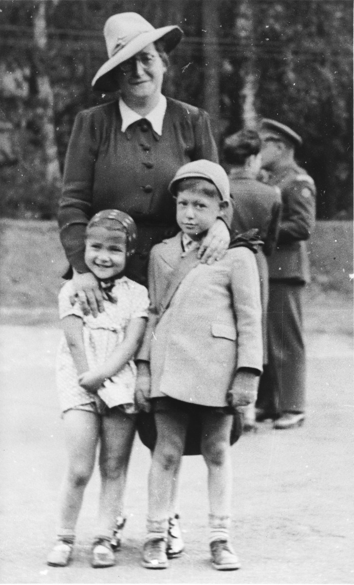 Joel Fabian poses with his mother and sister before leaving for a sanatorium in Davos, Switzerland, where he will be treated for the tuberculosis he contracted while imprisoned in Theresienstadt.