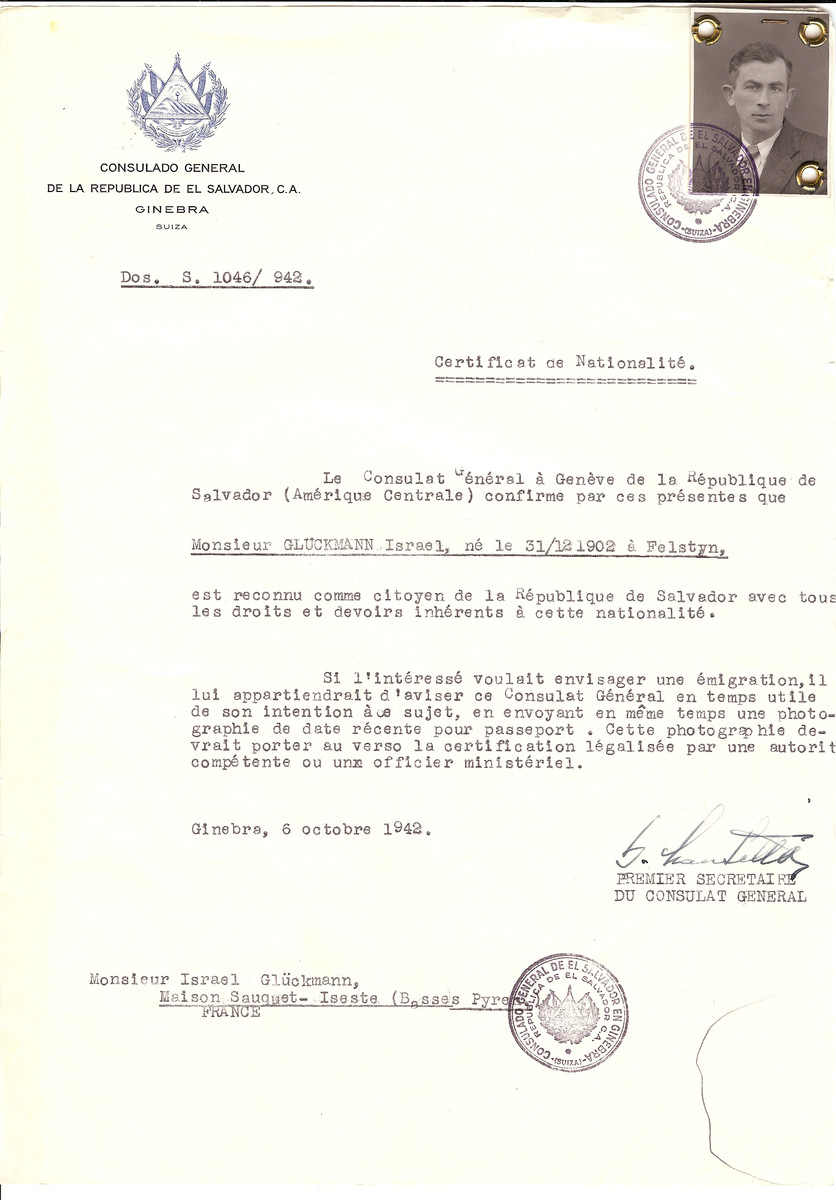 Unauthorized Salvadoran citizenship certificate issued to Israel Gluckman (b. December 31, 1902 in Felstyn), by George Mandel-Mantello, First Secretary of the Salvadoran Consulate in Switzerland and sent to his residence at Iseste.