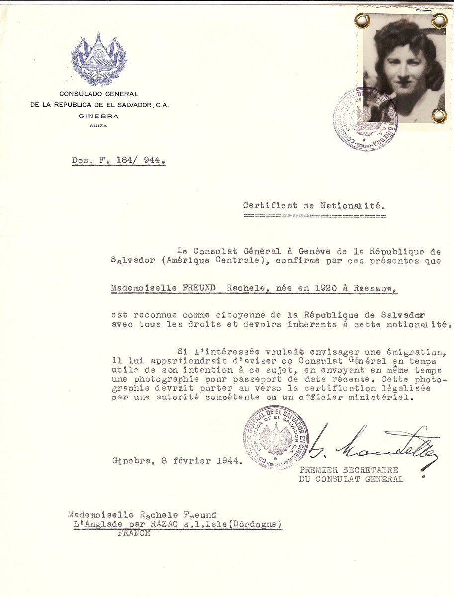 Unauthorized Salvadoran citizenship certificate issued to Rachele Freund (b. 1920 in Rzeszow), by George Mandel-Mantello, First Secretary of the Salvadoran Consulate in Switzerland.