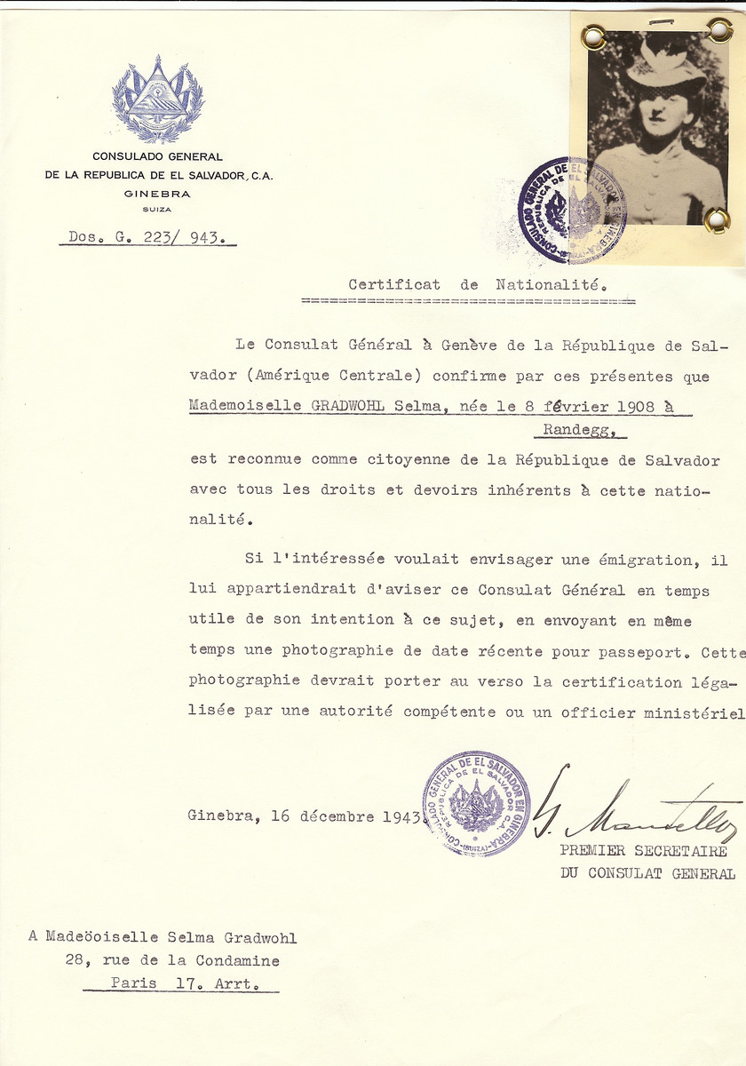 Unauthorized Salvadoran citizenship certificate issued to Selma Gradwohl (b. February 8, 1908 in Randegg), by George Mandel-Mantello, First Secretary of the Salvadoran Consulate in Switzerland and sent to her residence in Paris.