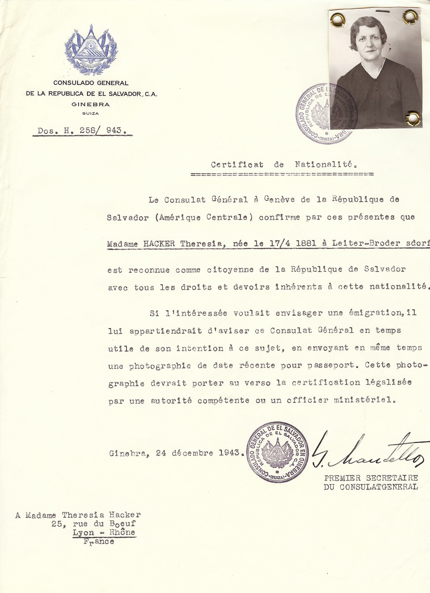 Unauthorized Salvadoran citizenship certificate issued to Theresia Hacker (b. April 17, 1881 in Leiter Brodersdorf), by George Mandel-Mantello, First Secretary of the Salvadoran Consulate in Switzerland and sent to her residence in Lyon.