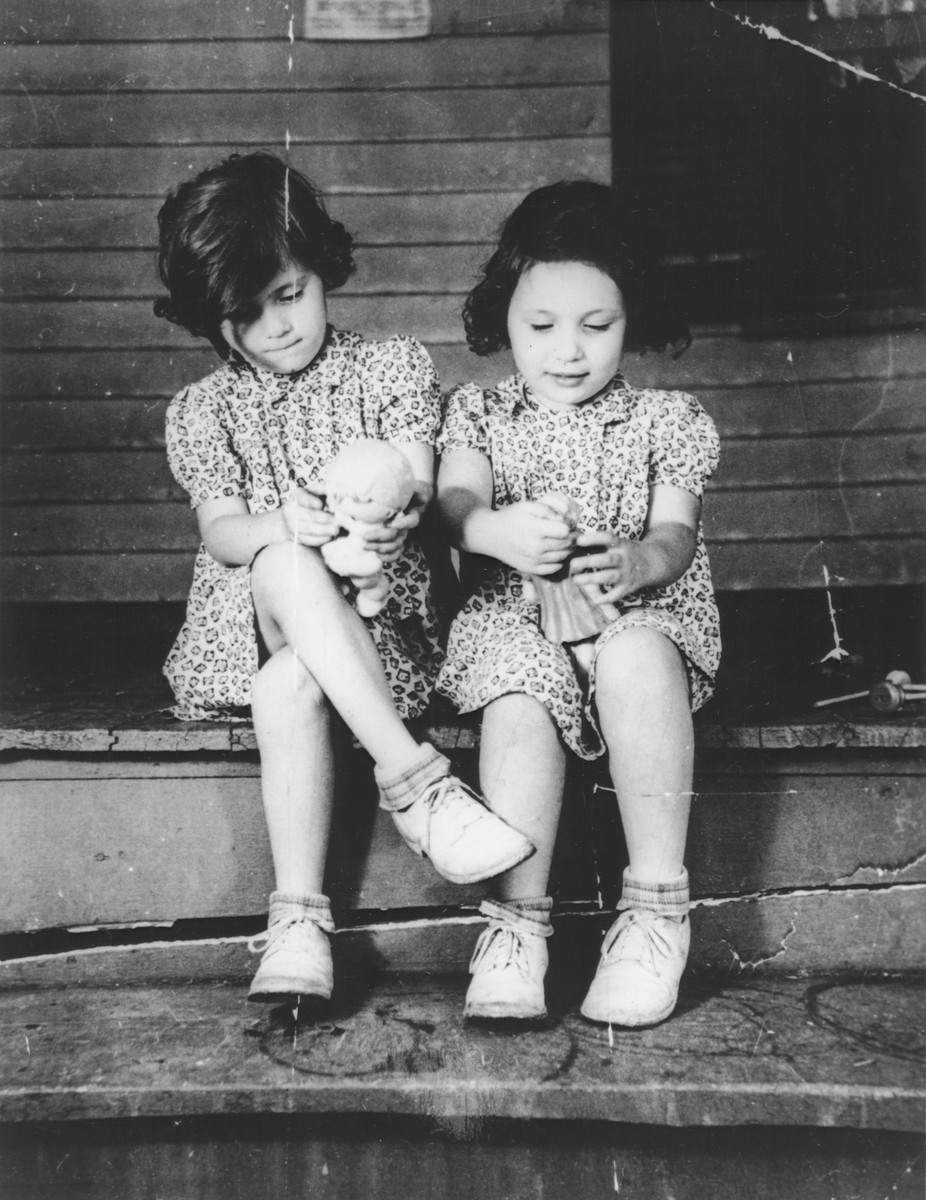 Four year old twins Ellinor and Evelyn Perl in a summer camp in upstate New York.