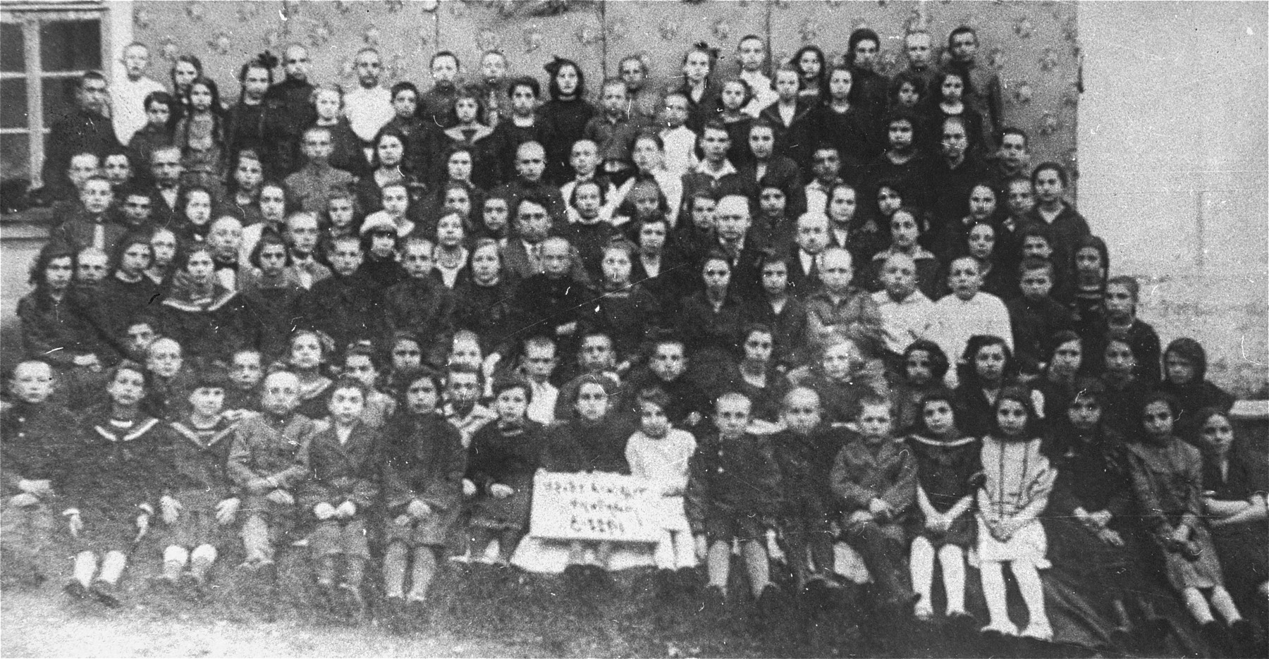 Photograph of a class in a school in Swienciany, Poland in 1928.