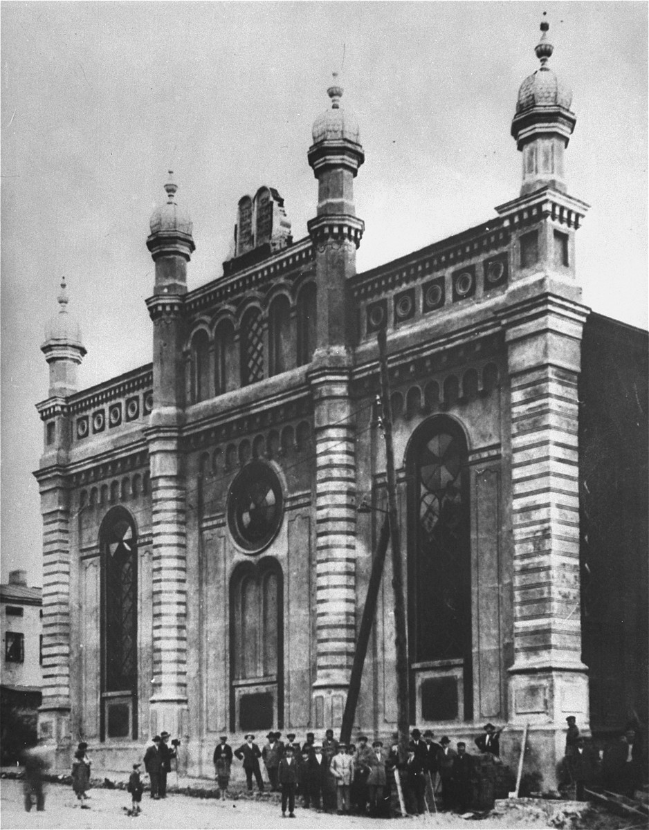 The Brzeziny town synagogue which was destroyed by the Nazis during the war.    Located near Lodz, the town of Brzeziny had a Jewish majority - 6,850 of 13,000 inhabitants as late as 1939.  During the Nazi occupation a ghetto was established (Feb. 1940) which held nearly 6,000 people and was liquidated on 19 - 20 May 1942.  Elderly Jews were sent to Chelmno and the rest to the Lodz ghetto.