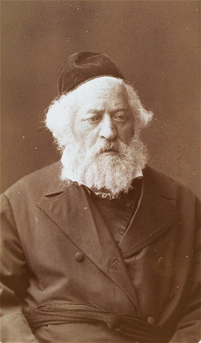 Studio portrait of Rabbi Isaac Elhanan Spektor (1817-1896), a leading rabbinic authority in Kovno, taken during a conference of Jewish leaders in St. Petersburg.
