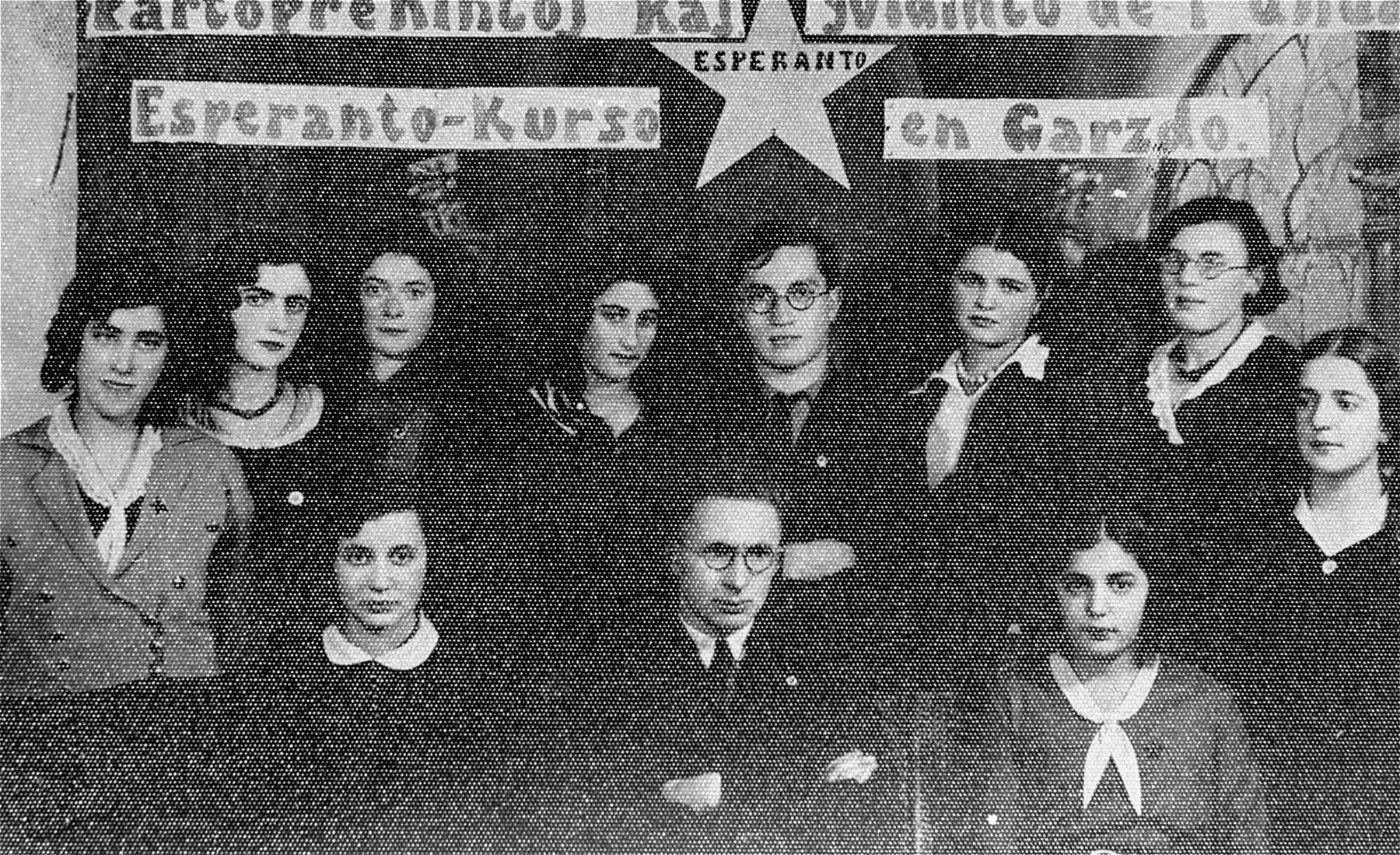 Group portrait of an Esperanto class in Gargzdai, Lithuania.