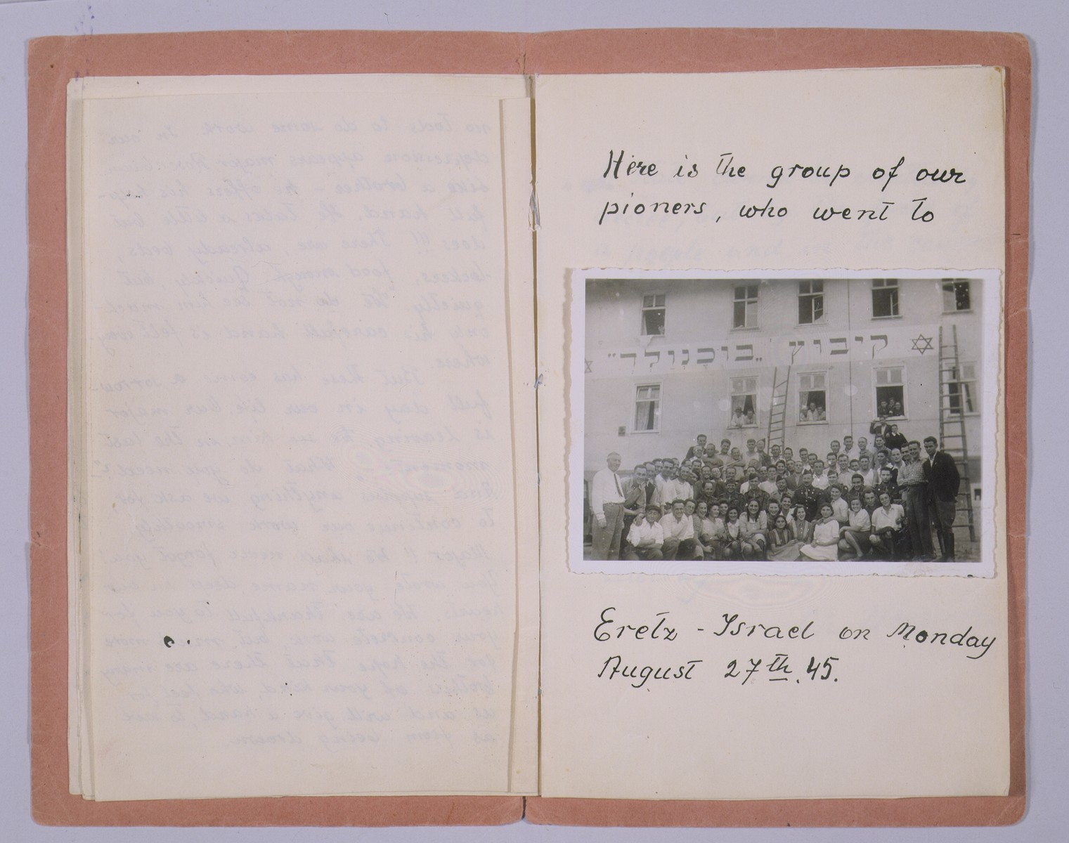 One page of a booklet produced by a member of the hachshara (Zionist collective) Kibbutz Buchenwald, featuring a group portrait of members of the collective taken beneath the Kibbutz Buchenwald banner.  The group in the photograph photograph departed for Palestine on August 27, 1945.
