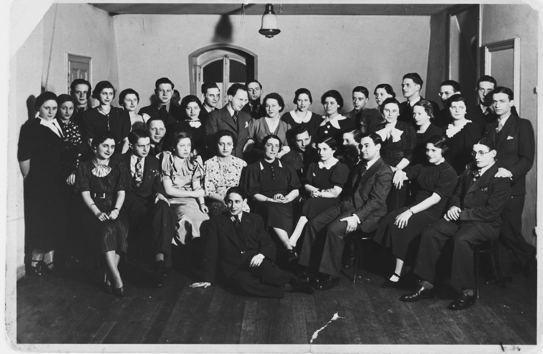 Group portrait of a Jewish high school student dance class in Frankfurt am Main.