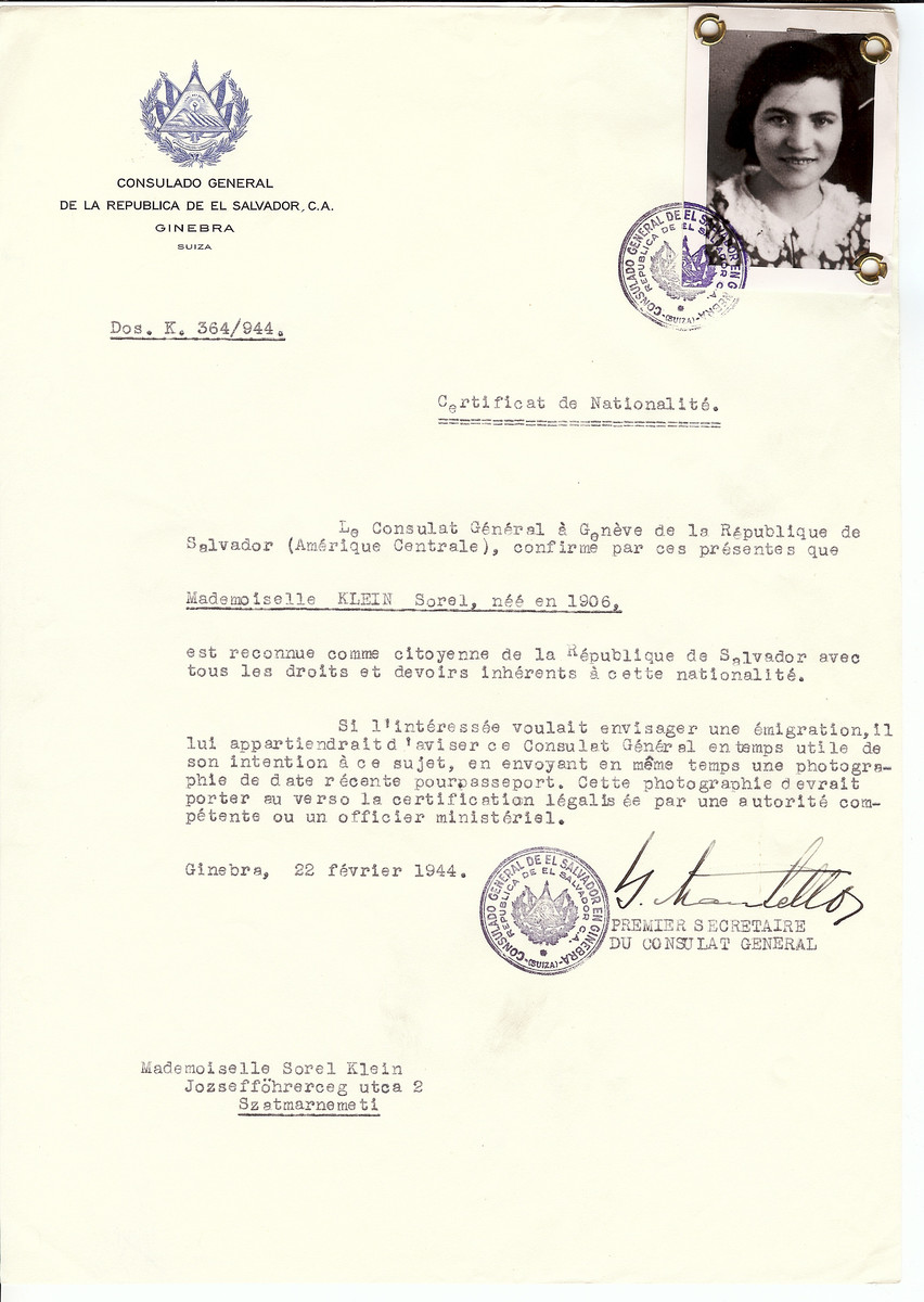 Unauthorized Salvadoran citizenship certificate issued to Sorel Klein (b. 1906) by George Mandel-Mantello, First Secretary of the Salvadoran Consulate in Switzerland and sent to her residence in Satu Mare.