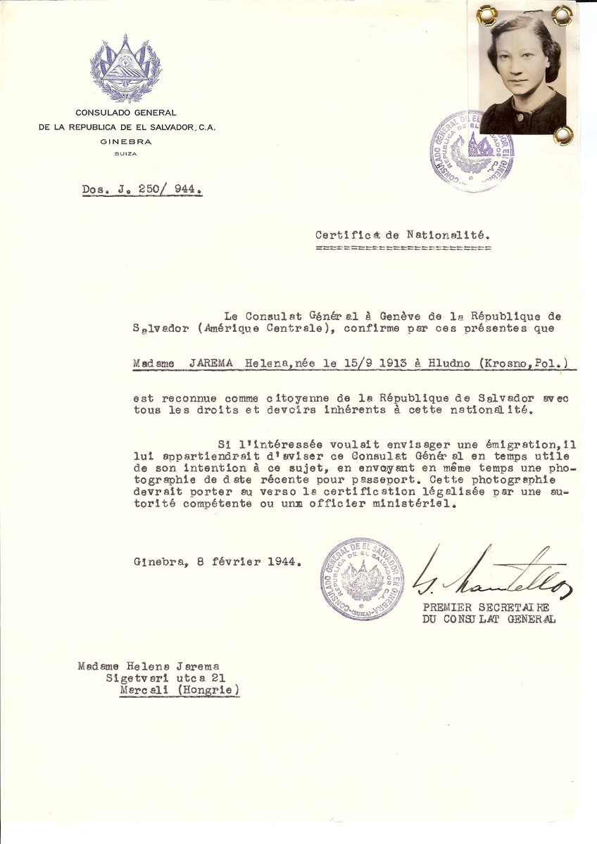 Unauthorized Salvadoran citizenship certificate issued to Helena Jarema (b. September 15, 1913 in Krosno) by George Mandel-Mantello, First Secretary of the Salvadoran Consulate in Switzerland and sent to her residence in Marcali.