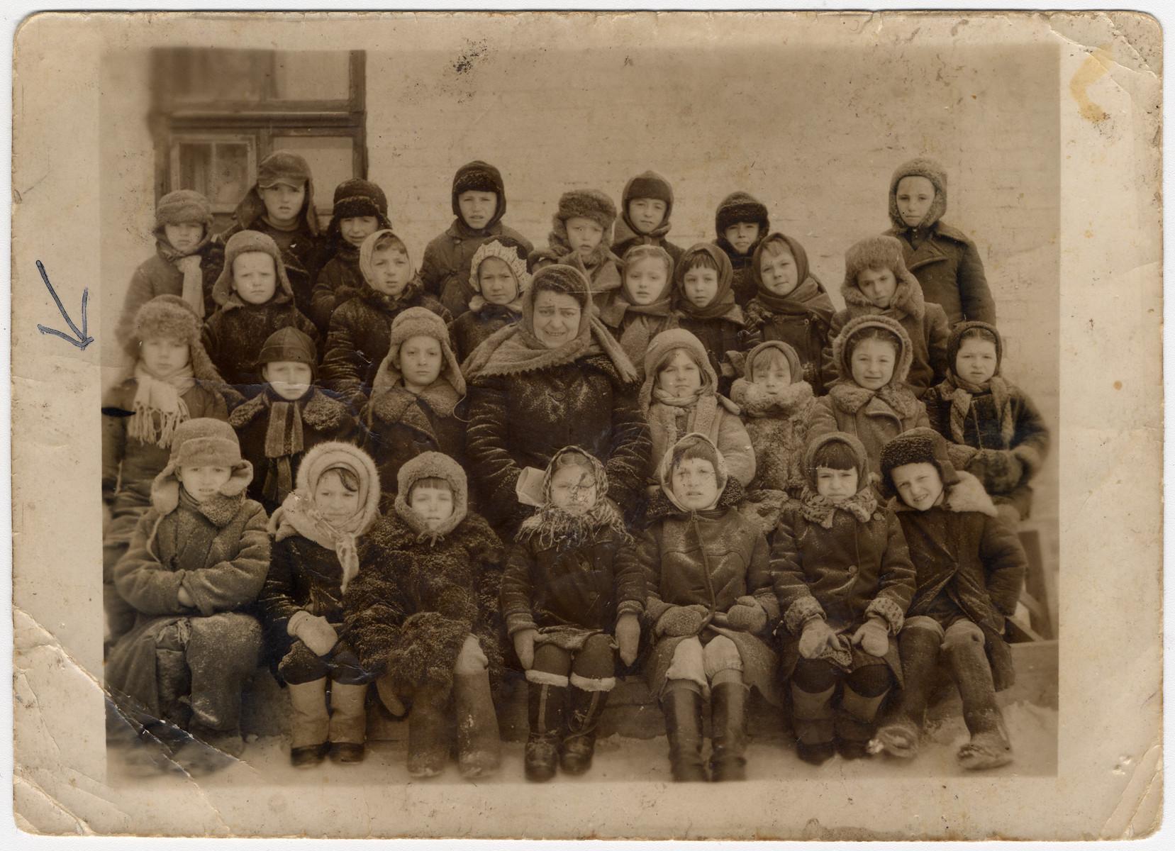 School children [probably in the Zhmerynka ghetto in Transnistria].